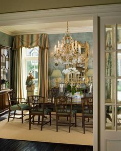 This traditional formal dining room has lovely wallcovering & window treatments. The English mahogany furniture is so elegant & timeless. I do wish they had used an oriental rug in the blues & beiges- would have finished off the room perfectly! Dining Room Blue, Elegant Dining Room, Dining Room Design, Dining Room Furniture, Plywood Furniture, Dining Chair, Modern Furniture, Furniture Design, Traditional Formal Dining Room