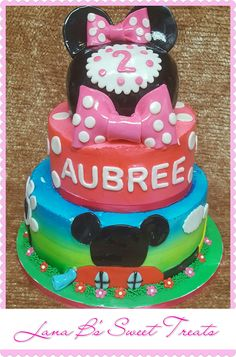 Minnie mouse clubhouse birthday cake