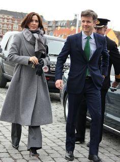 """Noblesse & Royalties """"Frederik y Mary de Dinamarca para la presentación de resúmenes de Kofi Annan"""