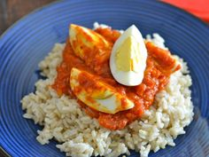curried eggs on rice::: fantastic; served with dhal