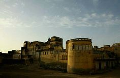 Mahansar fort ... Shekhavati Rajasthan ... It is near to Jaipur ... Now it's is converted into heritage hotel..