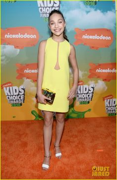 Maddie Ziegler in a Peggy Hartanto dress, Chanel sandals, a Benedetta Bruzziches clutch, and Jennifer Meyer jewelry.