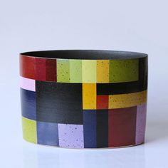 Tectonic Plates by Bente Hansen Ceramic Clay, Ceramic Bowls, Ceramic Pottery, Pottery Art, Stoneware, Bauhaus, Plate Tectonics, Contemporary Ceramics, Contemporary Art