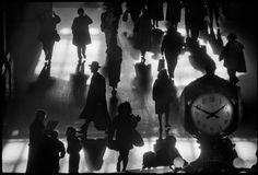 undr:  Richard Sandler. Grand Central Terminal, NYC, 1990