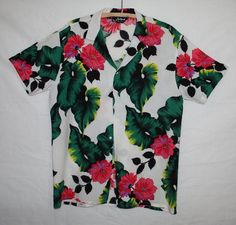 Vintage Men's Tropical Hawaiian Shirt by by ilovevintagestuff