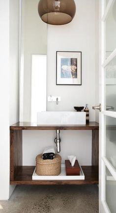 Salle de bain - Dessous de lavabo
