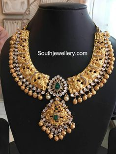 Gold Jewelry Design In India Info: 7977441287 Latest Gold Jewellery, Gold Temple Jewellery, India Jewelry, Gold Jewelry, Gold Necklaces, Jewelery, Antique Jewellery Designs, Gold Jewellery Design, Collier Antique