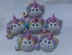 Resultado de imagen para accesorios de unicornio en masa flexible Christmas Ornaments, Holiday Decor, Home Decor, Unicorns, Decoration Home, Room Decor, Christmas Jewelry, Christmas Decorations, Home Interior Design