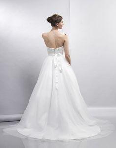Ellie - Bridal Gown by Lis Simon (back)
