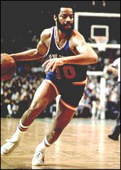 Walt Frazier As a Knicks player, Frazier scored points per game, played in seven NBA All-Star Games, and was named to four All-NBA First Teams and seven NBA All-Defensive First Teams. Mba Basketball, Basketball Association, Basketball Legends, Basketball Players, Kentucky Basketball, Kentucky Wildcats, Soccer, Walt Frazier, Sport Hall