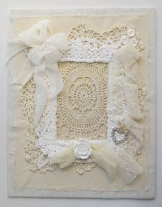 lace photo frame by Miss Rose Sister Violet. Vintage Lace Crafts, Shabby Chic Crafts, Doily Art, Lace Art, Doilies Crafts, Fabric Journals, Wedding Frames, Wedding Photos, Frame Crafts