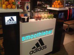 We verzorgde een smoothiebar voor Adidas. #barcompany #mobiele #smoothiebar #bartender #smoothie #fresh #juice #verse #sappen #evenementen #feesten #oplocatie #congres #beurs