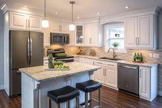 Home Decor Kitchen, New Kitchen, Home Kitchens, Kitchen Design, Kitchen Ideas, Slate Kitchen, Distressed Kitchen, Custom Kitchens, Kitchen Modern