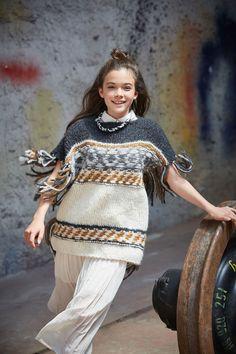 Lana Grossa PONCHOPULLOVER Voi - FILATI Teens No. 7 - Modell 29 | FILATI.cc WebShop