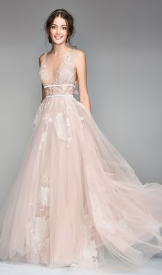 2020 is the year of modern weddings and these colorful dresses are perfect for that alternative bride. We've found the best non-white wedding dresses in shades from blush to gold to black. Non White Wedding Dresses, Alternative Wedding Dresses, Formal Dresses For Weddings, Dream Wedding Dresses, Bridal Dresses, Alternative Bride, Different Color Wedding Dresses, Tulle Wedding, Dress Formal