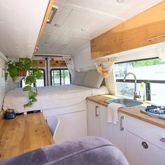 Sprinter Van Life Interview: Our Home on Wheels Learn about Sprinter Van Life with a baby, tips for a DIY Sprinter Van conversion & making money on in the road in this interview with Our Home On Wheels. Van Conversion Interior, Camper Van Conversion Diy, Van Interior, Sprinter Van Conversion, Van Conversion Cabinets, Sprinter Camper, Kombi Home, Caravan Renovation, Van Home
