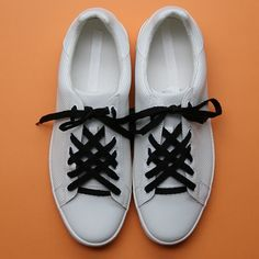 Up your lacing game with these 3 cool tricks! Walk the walk - - Up your lacing game with these 3 cool tricks! Walk the walk shoes vans shoes cute shoes checkered vans vans sneakers. Ways To Lace Shoes, How To Tie Shoes, Lace Up Shoes, Your Shoes, Shoe Lacing Techniques, Shoe Crafts, Decor Crafts, Diy Crafts, Creative Shoes