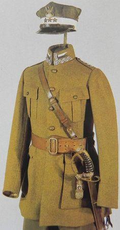 Polish Army uniform - pin by Paolo Marzioli Poland Ww2, Interwar Period, Ww2 Uniforms, Central And Eastern Europe, Army Uniform, Military Gear, Armed Forces, World War Two, Wwii