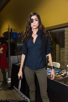 Leeanna Vamp as The Governor from Walking Dead #cosplay
