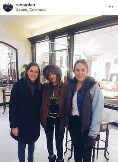 #DakotaJohnson with fans in Aspen