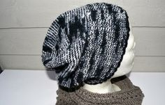 To i en lue Knitted Hats, Beanie, Knitting, Fashion, January, Moda, Tricot, La Mode, Knit Caps