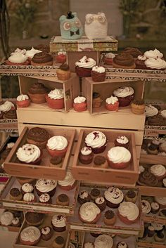 Love this rustic cupcake look with various sizes in vintage cigar boxes
