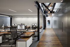 Image 5 of 21 from gallery of Tolleson Offices / Huntsman Architectural Group. Photograph by David Wakely