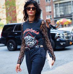 Street style (quase) descomplicado: 39 looks com camiseta para se inspirar