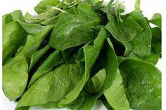 ***¿Cómo conservar las espinacas?*** Como toda verdura de hoja verde, las espinacas no suelen conservarse por mucho tiempo en óptimas condiciones....SIGUE LEYENDO EN..... http://comohacerpara.com/conservar-las-espinacas_1466c.html