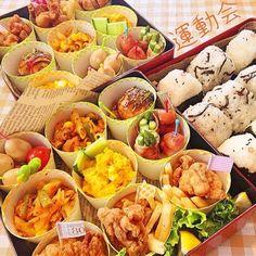 運動会 Bento Recipes, Cooking Recipes, Cute Food, Yummy Food, Yakitori, Exotic Food, Food Menu, Food Design, Asian Recipes