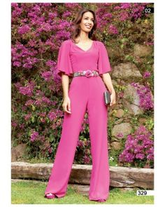 Pretty in pink Pink Outfits, Stylish Outfits, Dress Outfits, Fashion Dresses, Only Fashion, Womens Fashion, Square Pants, Maternity Gowns, Pants For Women