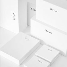 Haute couture packaging design and branding. Minimalist box design all in white with sleek, white logo. Fashion Packaging, Luxury Packaging, Beauty Packaging, Jewelry Packaging, Luxury Branding, Cv Inspiration, Packaging Design Inspiration, Fashion Inspiration, Print Packaging