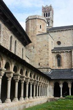 Catedral de Santa María, Seu d'Urgell (Lleida, Catalunha) por Latoya