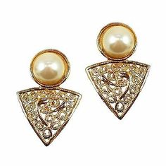 Faux Pearl Filigree Earrings Vintage Gold Tone Openwork Retro Clip On e436