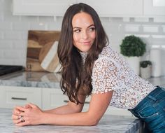 A Holistic Nutritionist On The Daily Supplements You Need Now - The Chalkboard