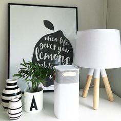 Fineste Oslo lampen hjemme hos @hus10a Denne dama har en stil vi i @lightup.no elsker  #interior #belysning #lamper