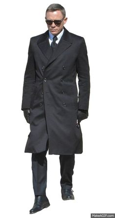 Recognize your personage in the current fashion period to grab this Spectre James Bond Black Long Coat. now on sale with. Daniel Craig, James Bond, Fashion Stylist, Leather Fashion, Double Breasted, New Fashion, Cotton Fabric, Suit Jacket, Men Coat
