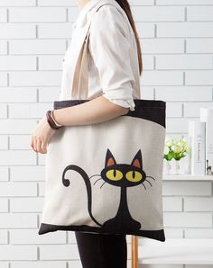 Hemp green shopping bag (Ursus cat) - Home Decor embroidery sweets embroidery inspiration embroidery beautiful Bag Women, Painted Bags, Diy Tote Bag, Cat Bag, Bag Patterns To Sew, Sewing Patterns, Jute Bags, Patchwork Bags, Denim Bag