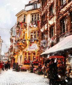 Snowy days in Strasbourg europe europe today - Christmas wonderland - Christmas Mood, Noel Christmas, Merry Little Christmas, Christmas Lights, Xmas, Europe Christmas, Christmas Images, Christmas In The City, Christmas Markets