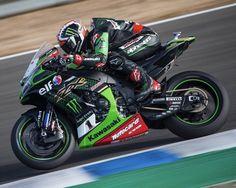 Kawasaki Motorcycles, Racing Motorcycles, F1 Motor, Kawasaki Zx10r, Zx 10r, Super Bikes, Racing Team, Motogp, Grand Prix