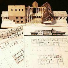 Grafismo en planos arquitectónicos y maqueta