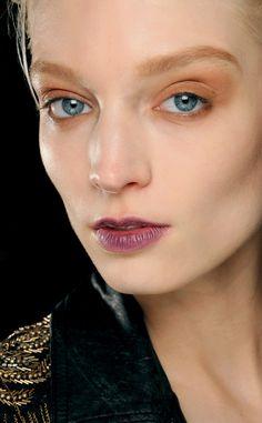 belleza apntate una tendencia de labios que nos llega desde las pasarelas los labios