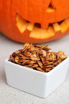 Cinnamon Sugar Roasted Pumpkin Seeds - welcometothemousehouse.com