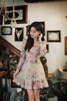 Korean Fashion Dress, Korean Dress, Ulzzang Fashion, Asian Fashion, Fashion Dresses, Classy Dress, Classy Outfits, Pretty Outfits, Beautiful Outfits