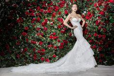 #weddingdress #alessandroangelozzicouture #2017weddingdresscollection #anabeatrizbarros #bride