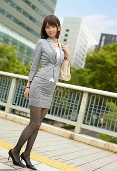 Ps I'm a male who happens to have a thing for women dressed with black nylons. Nylons, In Pantyhose, Pantyhose Fashion, Pantyhose Outfits, Japanese Office Lady, Girls In Mini Skirts, Cute Japanese Girl, Cute Asian Girls, Beautiful Asian Women