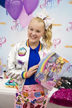 5a044983eede JoJo Siwa Photos Photos - Nickelodeon s JoJo Siwa Celebrates Her Birthday  at Walmart in Rogers