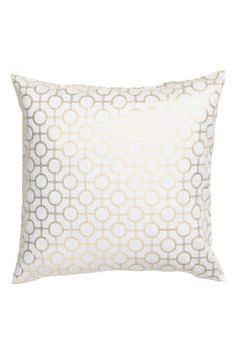 Patterned cushion cover: Cushion cover in cotton twill with a shimmering all-over print and concealed zip.