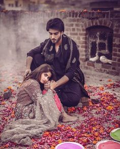 Noor-ul-Ain—A Remarkable Love Story – Dergi Romantic Couple Images, Cute Couple Images, Romantic Couples Photography, Cute Love Couple, Couples Images, Girl Photography Poses, Couple Pictures, Modelling Photography, Girly Pictures