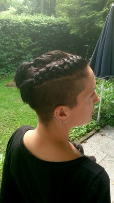 braids & undercut Undercut Long Hair, Undercut Hairstyles, Braided Hairstyles, Short Hair Cuts, Short Hair Styles, Undercut Hair Designs, Hair Inspiration, Hair Inspo, Shaved Hair Designs